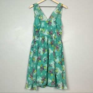 LC  floral chiffon V-neck sleeveless belted dress